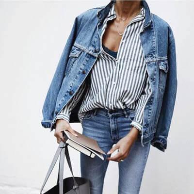 Le blouson en jean oversize : 10 idées de tenues !