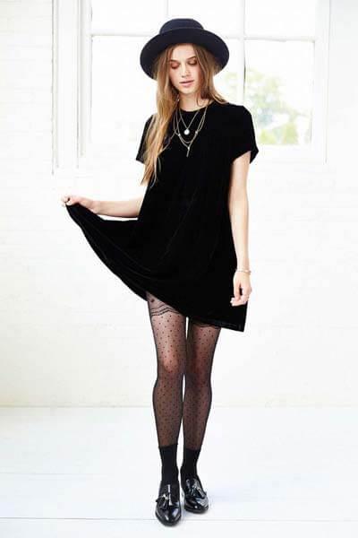 10 idées de tenues pour porter ta petite robe noire au bureau !