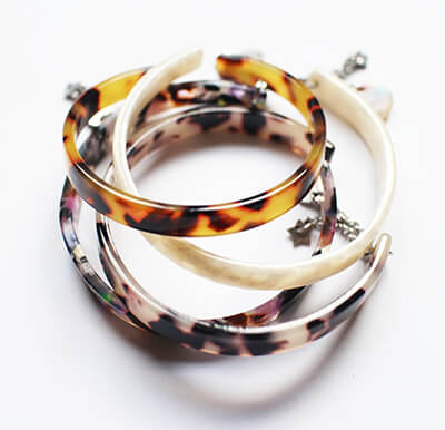 Bracelets en résine