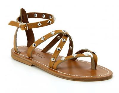 Sandales tropéziennes : comment les choisir et le porter avec style.