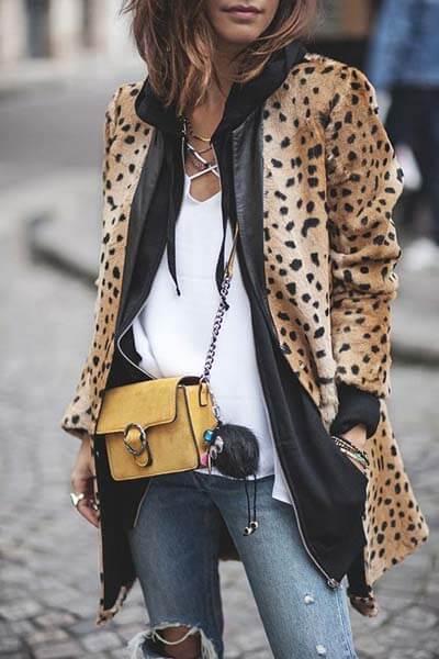 Porter l'imprimé léopard