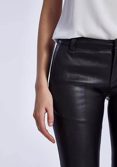 Comment choisir et porter un skinny en cuir