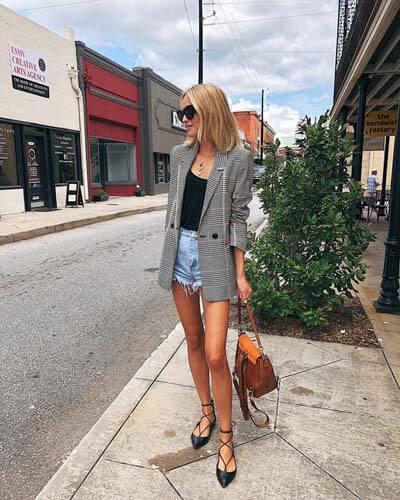 Blazer croisé (femme) : comment bien le choisir et comment le porter avec style !