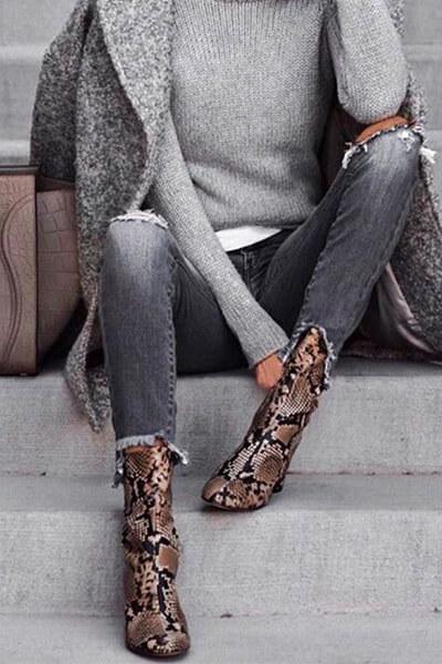 Boots python et camaïeu de gris