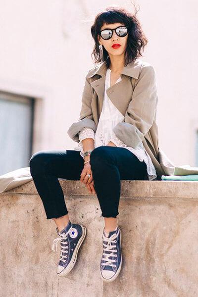 Dressing de Leelooo - Converse et trench
