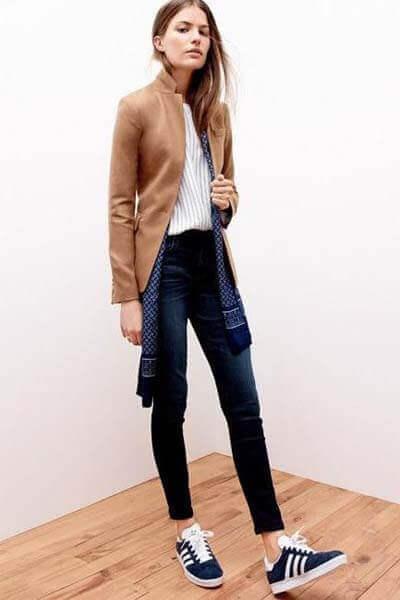 Elle - jean brut, sneakers gazelle