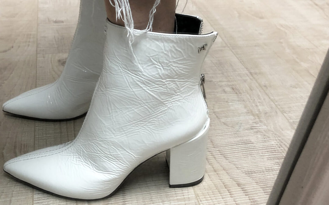 Garde-robe minimaliste : l'importance des chaussures