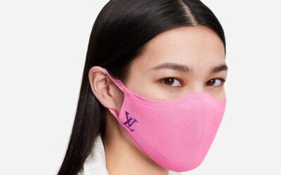 Être bien habillée avec un masque : Oui, c'est possible !