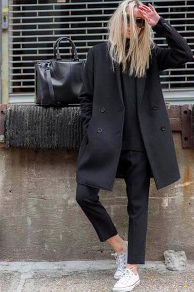 Taaora Converse blanche pantalon noir