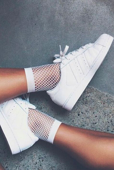 Sneakers et chaussettes fantaisie à sequins