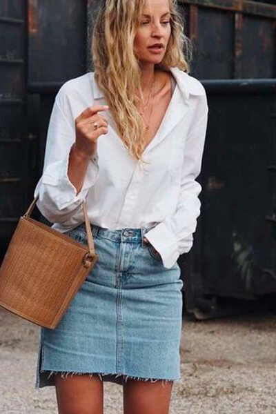 Jupe en jean et chemise blanche
